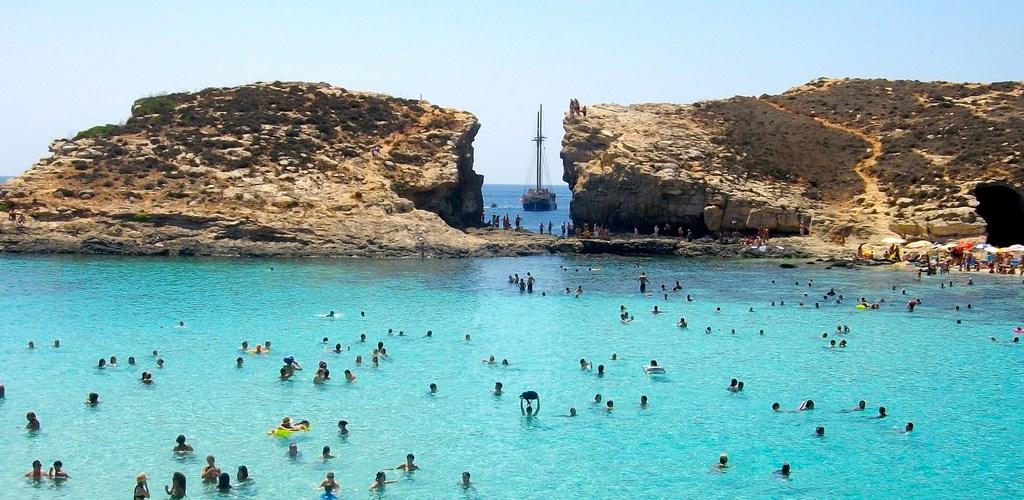 Sliema Malta  City pictures : sliema malte à 5 kilomètres au nord de la capitale maltaise la baie ...